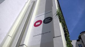 Die Hoffotografen Fassadenmalerei